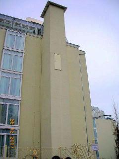 Hotel (mit komischer Tür) in Binz