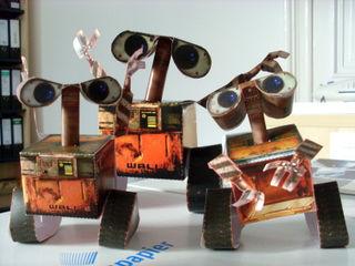 3 Wall-e's