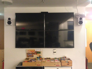 dapd Monitorwand mit Snackbox